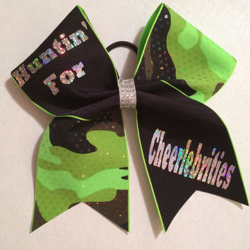 "Camo and black cheer bow: ""Huntin' for Cheerlebrities"""