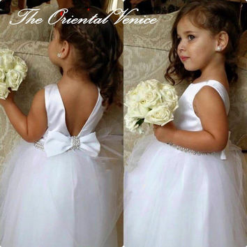 Cheap White Tulle Ball Gown Flower Girl Dresses 2016 Junior Bridesmaid Dress First Communion Dress with Bow Little Pageant Dress