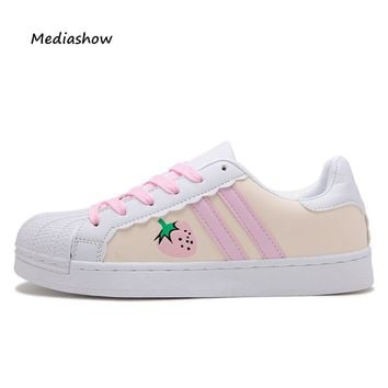 2017 Fashion Flats Women Trainers Breathable Sport Woman Shoes Casual Outdoor hello kitty Women platform pink white