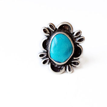 Vintage Blue Turquoise Ring w/ Scalloped Edge Filigree // Native American turquoise jewelry, antique American Indian Navajo ring, Size 5 - 8