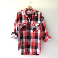 Vintage red boyfriend flannel / Oversized Grunge Shirt