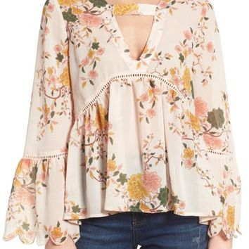 Sun & Shadow Floral Print Bell Sleeve Blouse | Nordstrom