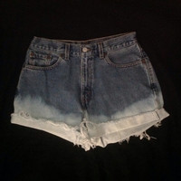 Denim distressed// bleached// frayed// high waisted shorts// genuine Levi