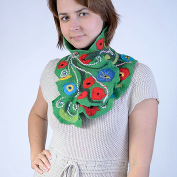 Green, meadow cowl neck scarf with needle felted flower pattern - ruffle felt scarflette or neck warmer - ruffled wool neckwarmer [IS56]