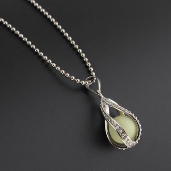 Drop Locket Glow In The Dark Pendant Necklaces Glowing Luminous Stone Beads Vintage Necklaces