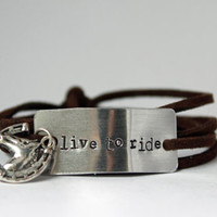 "horse lover bracelet, ""live to ride"", gift for horse lover, horse lover gift, equestrian jewelry, equestrian girl, cowgirl, horse jewelry"