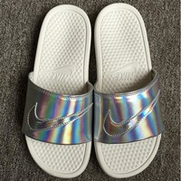 Nike Simple the Bright Slide Sandals