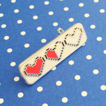 Heart Container Enamel Pin Badge - Zelda Pin - Geek Badge - Lapel Pin