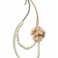 Tinley Road Pearl Flower Necklace   Piperlime