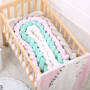 100/200cm Bumpers Newborn Baby Bed Bumper Infant Kids Bedding Pure Weaving Knot Room Decor Crib Protector Baby Pacification Toy