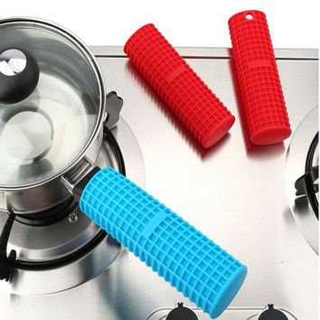 1 Piece New Silicone Pot Pan Handle Holder Sleeve Cover Grip Hot Sleeve Kitchen Utensil