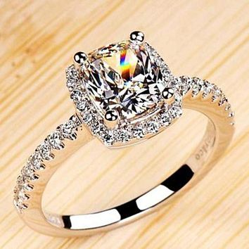 Luxurious 2ct Princess Cut CZ Diamond 4 Prong Wedding Engagement Rings For Women