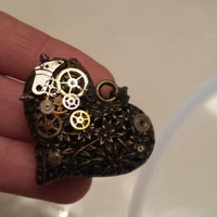 Industrial Love - Steampunk necklace with 3D Heart and swiss watch gears