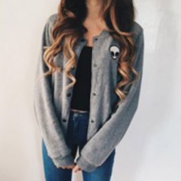 The new women's loose gray long-sleeved jacket