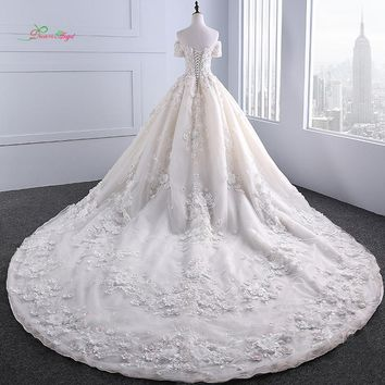 Dream Angel Sexy Boat Neck Short Sleeve Wedding Dress 2018 Appliques Beaded Flowers Lace Bride Gown Robe De Mariage Plus Size