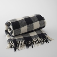 Buffalo Plaid Fringed Throw