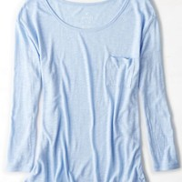 AEO Women's Real Soft Favorite Pocket T-shirt