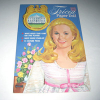 Vintage 1970s Tricia Nixon Paper Doll and White House Game Book for Children by Artcraft