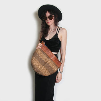 70s Ethnic Sisal Bag // Vintage Sisal Tote // Sisal Market Bag // Bucket Bag // Beach Bag // Sisal and Tooled Leather Bag // Woven Purse