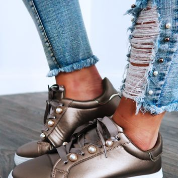 I'm All In Sneakers: Pewter/Multi