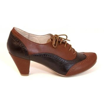 Chelsea Crew Moscato - Tan/Brown Lace Mid-Heel Oxford Pump