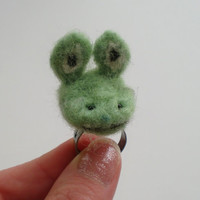 Smiling Frog Statement Ring Green Felted Frog Ring