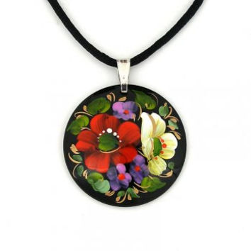 Pendant (coulomb) wooden hand-painted flowers oil paints. Jewelry.