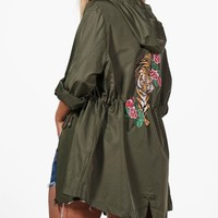 Plus Lydia Printed Back Mac | Boohoo