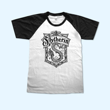 Harry Potter Slytherin House Logo short sleeve - Gift for friend - Present