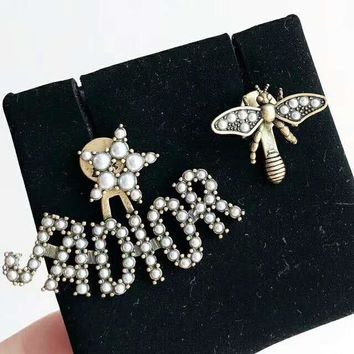 DIOR Hot Sale  Women Letter Bee Pearl Stud Earring Jewelry Accessories