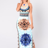 Pool Side Chillen Dress - White