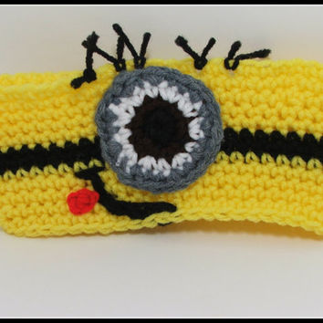 Crochet Despicable Me inspired Minion Headband. Head warmer. Ear Warmer. One eye Minion. Made by Bead Gs on ETSY