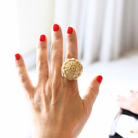 Sea stone statement ring, crochet ring, golden lace ring, cocktail ring, one of a kind