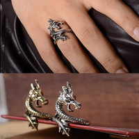 Sale 2015  New Arrival Charms Punk Fashion Exaggerated Rings for Men and Women Vintage Retro Dragon Ring Jewelry Free Shipping