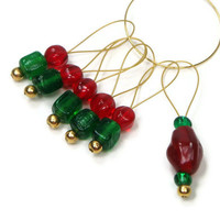 Knitting Stitch Markers Beaded Red and Green