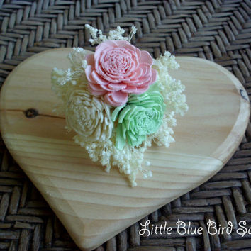 Rustic sola boutonniere pink mint and cream boutonniere sola button hole rustic boutonniere rustic button hole rustic wedding beach wedding