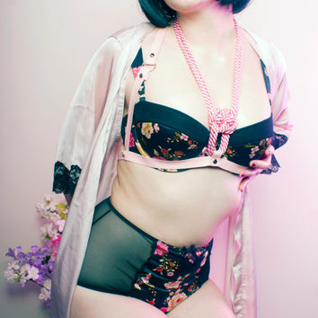 Single knot shibari faux leather & rope harness (Cupless - Floral bra not included)