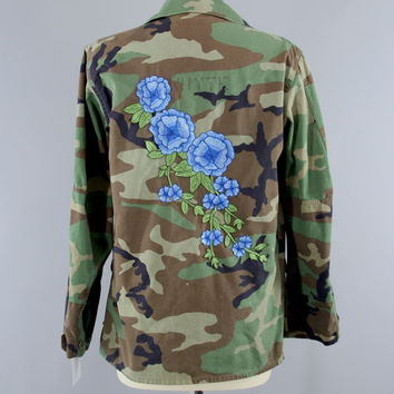 SALE - Vintage Marines Embroidered Camouflage Jacket / USMC Military Camo Coat / Green Camo / Blue Floral Embroidery / Size Large L Xl
