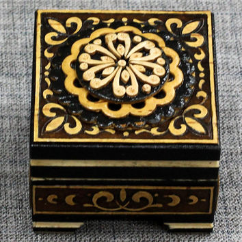 Jewelry box Wooden box Wood box Ring box Wood box Wood boxes Jewelry boxes Wood carving schatulle Wedding gifts Jewellery box boite