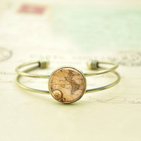Bracelet-Antique World Map braclet,Bronze bracelet,Weeding gift,Mother gift,charm bracelet