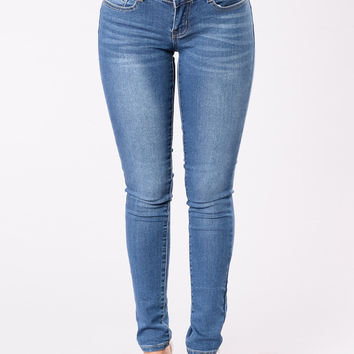 I Just Might Booty Shaping Jeans - Medium Wash