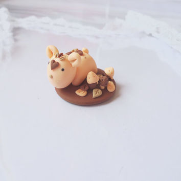 Autumn Momo Miniature, Handmade Polymer Clay Collectible, Kawaii Tiny Fantasy Sculpture, Cute Pastel Spirit Animal,