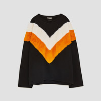 SWEATSHIRT WITH TWO-TONE APPLIQUÉ DETAILS