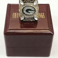Green Bay Packers Championship Ring With Wooden Box 2010