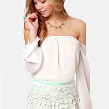 Love Seat White and Mint Blue Lace Shorts