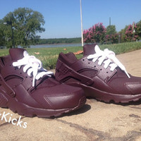Nike Air Huarache, Burgundy