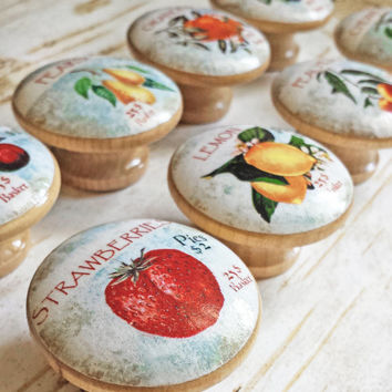 Fruit Orchard Knob Drawer Pulls, 8 Handmade Vintage Labels On Birch Wood, Retro Style Cabinet Pulls, Kitchen Cabinet Knobs, Made To Order