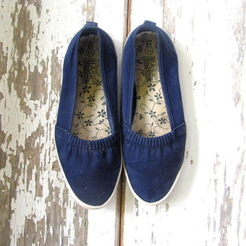 Vintage blue espadrilles /  cotton fabric slip on shoes / womens size 7.5