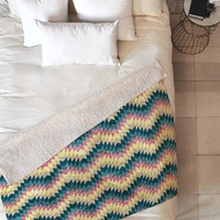 Belle13 Crazy Chevron Fleece Throw Blanket
