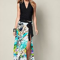 Sleeveless ruched top, belted print maxi skirt